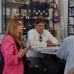Diretor do NEA, Joi Cletison, com Dra. Graça Castanho Directora Regional das Comunidades (DRC)
